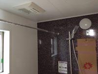 TV+暖房乾燥機能付きユニットバス