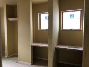 子供部屋 デスク&HP収納